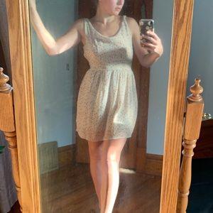 Dresses & Skirts - Floral print backless sundress
